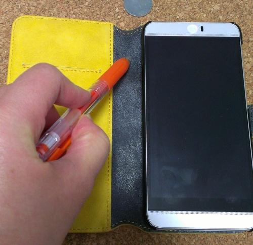スマートフォン 手帳型 ストラップ穴 作り方